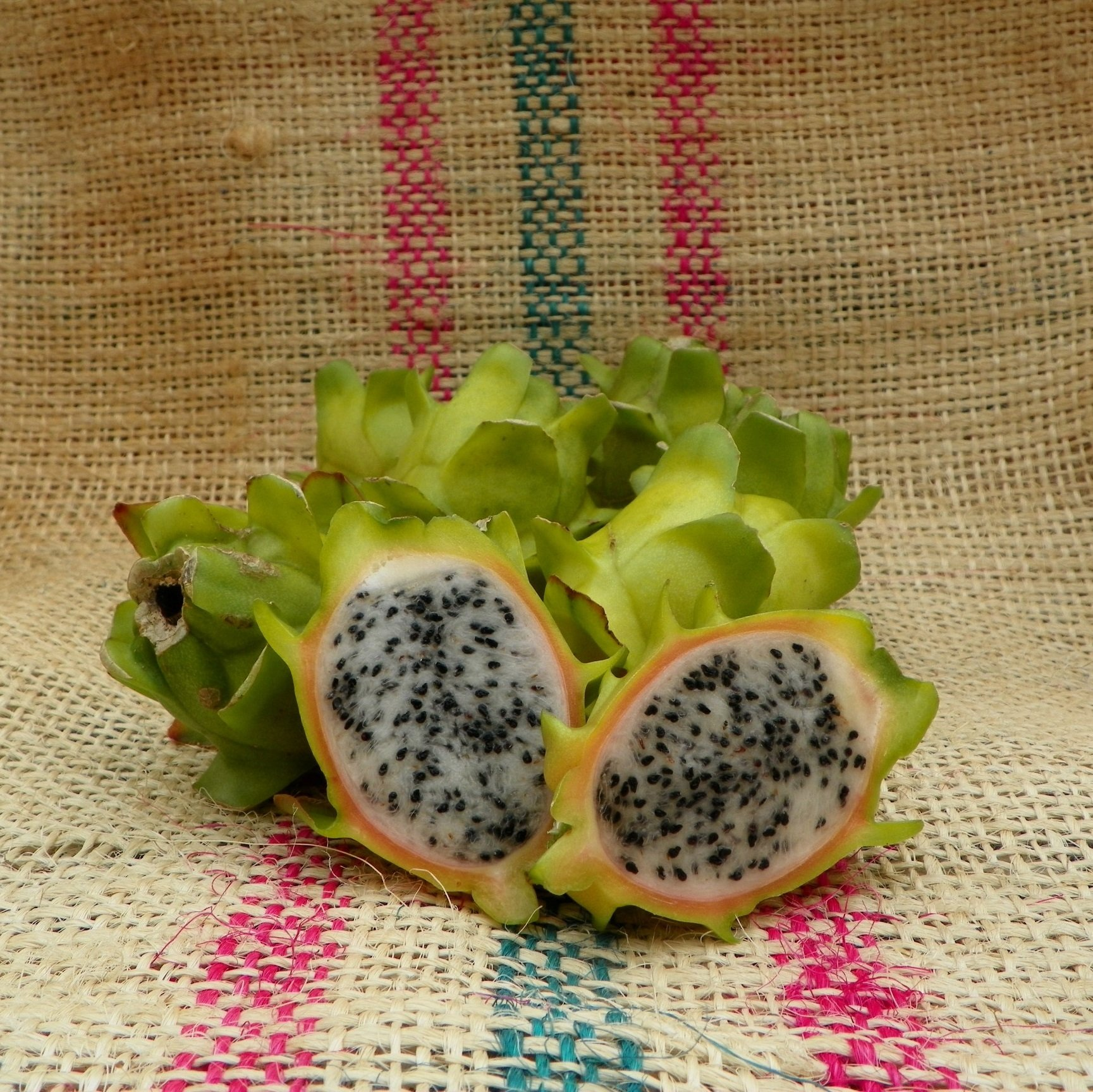 Bruni Dragon Fruit Spicy Exotics